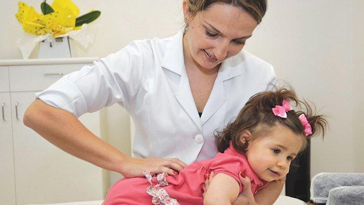 Quiropraxia para crianças.